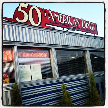 Exterior picture of 50 39 s american diner church gresley for 50 s diner exterior