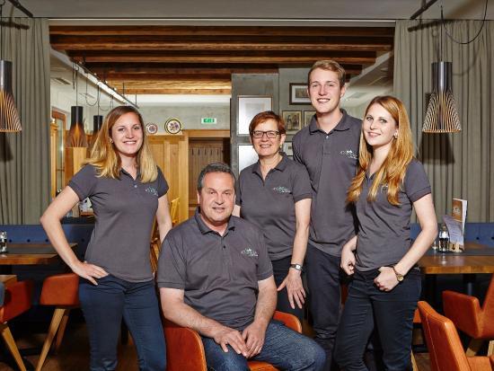 Familie Klingler, Café-Restaurant Klingler, Maurach am Achensee