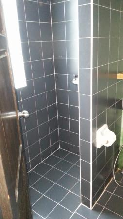 PP Insula : Nice clean bathrooms