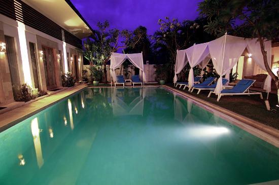 La Cabana Hotel and Villas: .