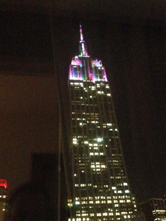 Langham Place, Fifth Avenue: View of Empire State from our room