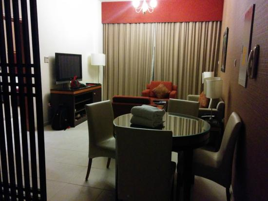 Xclusive Hotel Apartments: Sitting area in the room