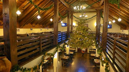 Taverna Sarbului : Another view from upstairs