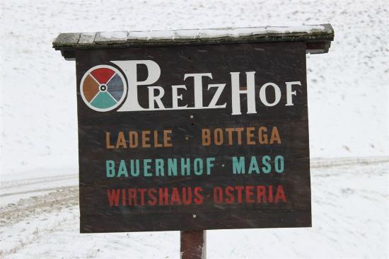 Pretzhof: Schild