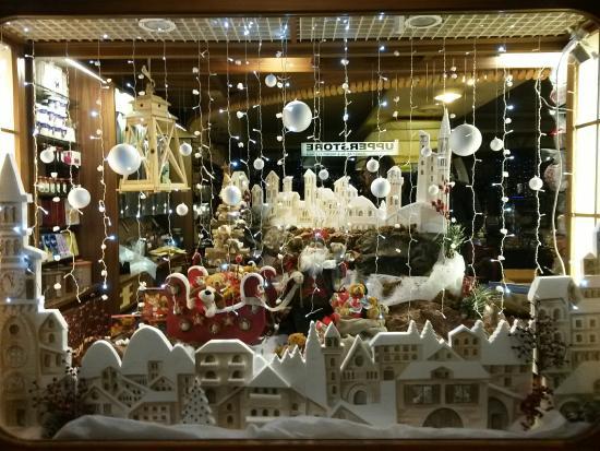 Vetrine Di Natale.Vetrina Di Natale B B Foto Di Cioccolateria Bar