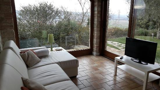 Agriturismo La Torraccia : Sala con caminetto
