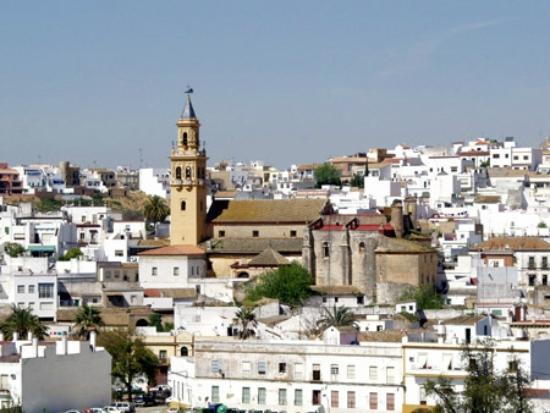 Iglesia de santiago alcala de guadaira tripadvisor for Piscina alcala de guadaira