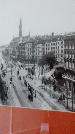 Grand Hotel : Ganz rechts ist das Haus seit dem späten 19. Jh. bis heute.