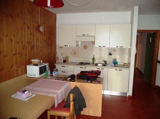 Residence Alaska : soggiorno dell'appartamento 5