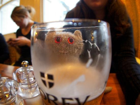 Old Success Inn: Frank enjoying the Korev