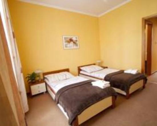 Fürdőszoba káddal - Picture of Centrum Guesthouse, Mohacs ...