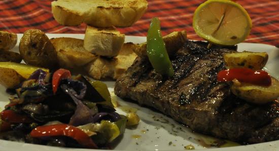 Clube de Memorias Restaurante - Bar