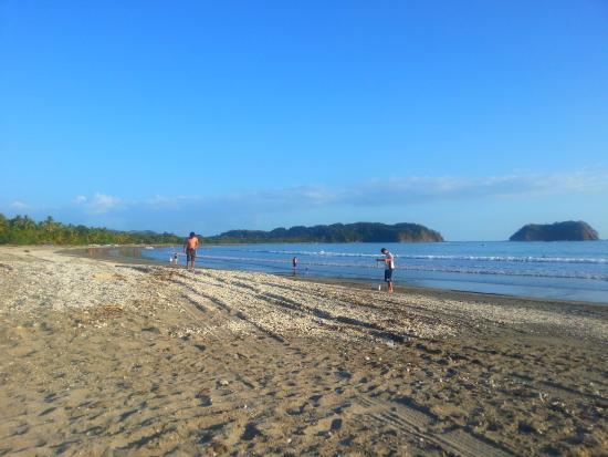 Hotel Las Brisas del Pacifico: Nice Beach