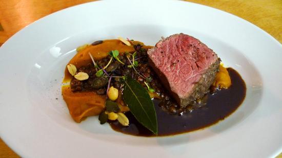 Wittmanns bio : beef main dish