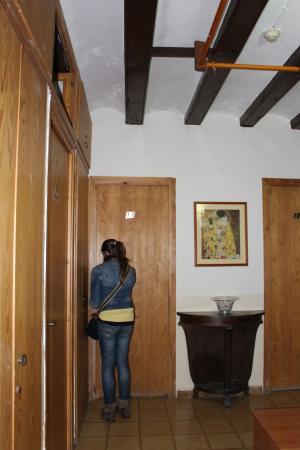 Hostal Residencia Rembrandt: Porta do nosso quarto