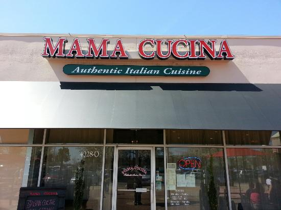 Mama Cucina : Store front