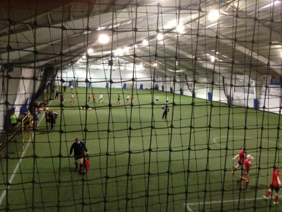 Brighton, Nowy Jork: BSZ - indoor soccer fields
