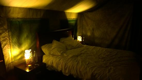 B'sorah Luxury Tented Camp: Night