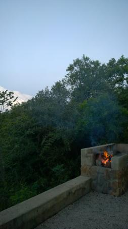 B'sorah Luxury Tented Camp: Fireplace