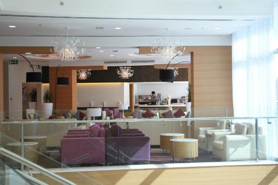 Holiday Inn Muscat Al Seeb: Lobby/Waiting Area