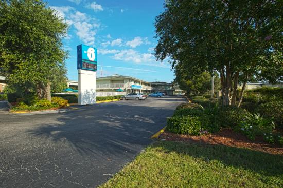 Motel 6 Charleston South 사진