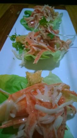 Kaizen Fusion Roll & Sushi: Crab wraps