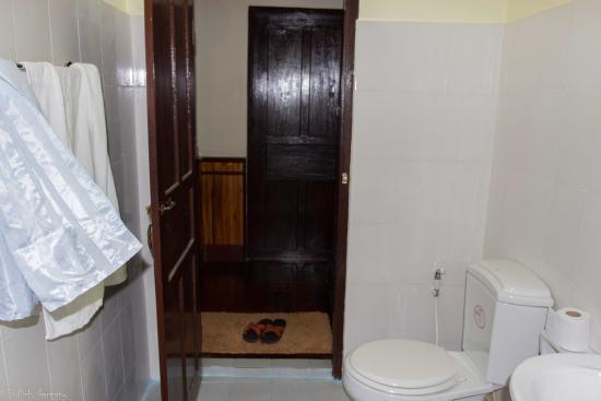 Alounsavath Guesthouse: Zimmer