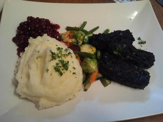 Restaurant Karljohan: Blodpalt in KarlJohan