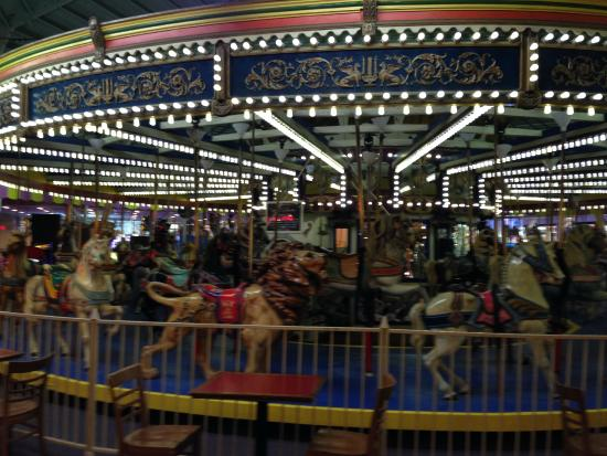 Casino Pier & Breakwater Beach Waterpark: indoor carousel