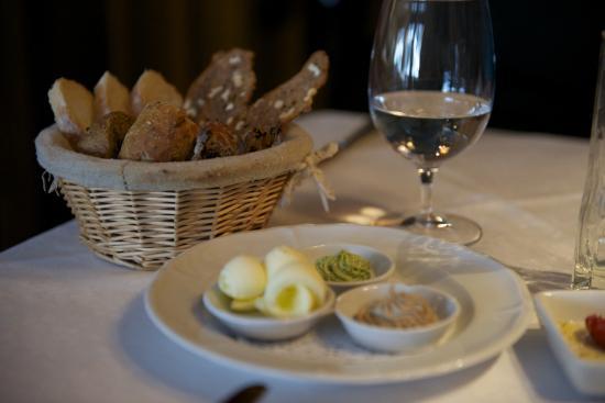 Ristorante Rosticceria Grill Room di Luis Sotriffer: Mantequillas con sabores