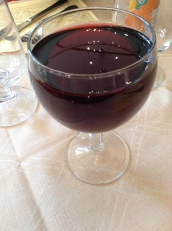 """Antiche Mura : House Wine """"Very Good"""""""
