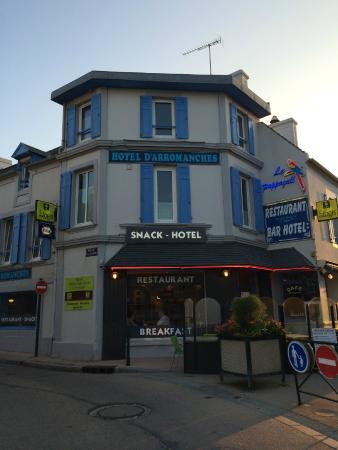 Hotel D'arromanches : Vista da Fachada do Hotel