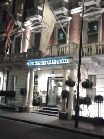 The Mandeville Hotel: Front of hotel.