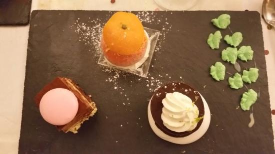 dessert sorbet mandarine g 226 teau chocolat picture of le 16 carnot poitiers tripadvisor