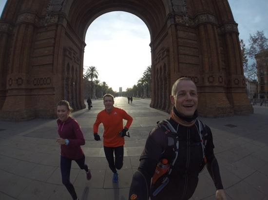 Running Tours Barcelona: Under the Arch
