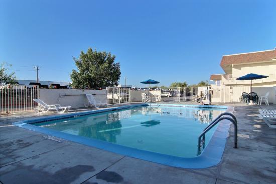 Motel 6 San Angelo: Pool