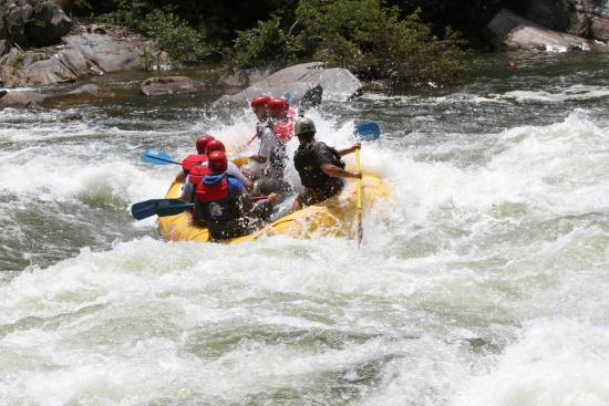 Fast Fred Guiding A Raft Trip On The Middle Ocoee River