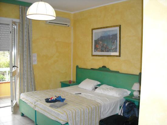 Hotel Smeraldo : Camera da letto