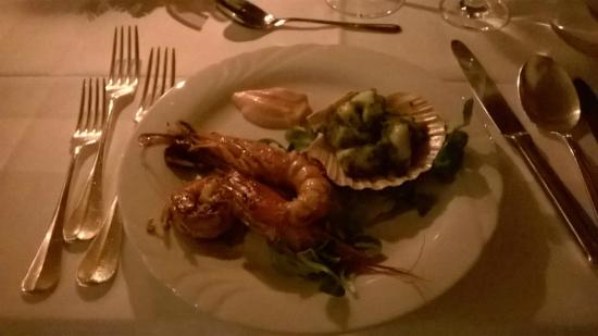 Hotel Alpino Plan: Starter for dinner December 24th - King Prawn and Scallops