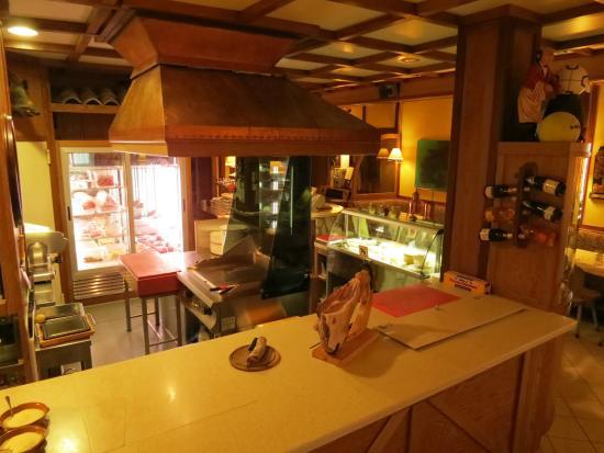 Ristorante la baita d 39 oro castelnovo ne 39 monti for Restaurant reggio emilia