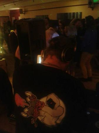 La Terre: DJ remarkable hard at work NYE 2014, what a night!