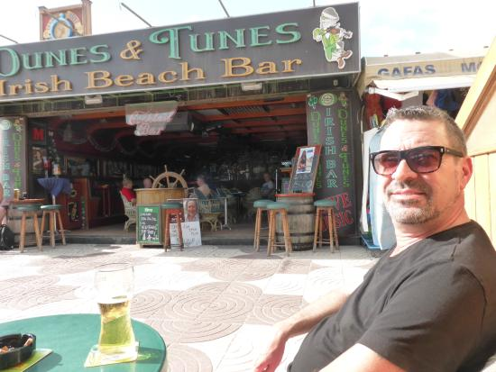 Bar irlandés Dunes and Tunes