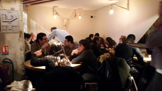 Flesh Restaurant Pigalle et Canal St Martin