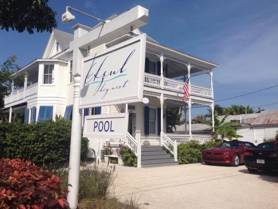 Azul Key West: Azul guest house dalla strada