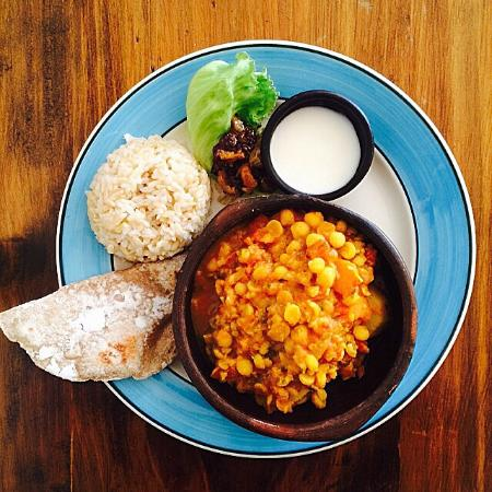 El Living: Curry Vegetariano