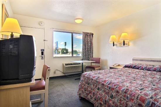 Motel 6 Santa Rosa: Guest Room