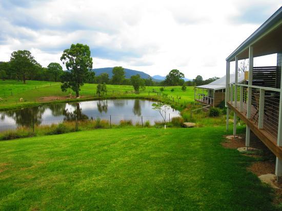 Starline Alpacas Farmstay Resort : Outside Cottage
