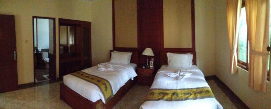 Royal Safari Garden Resort & Convention: Bedroom Royal Giraffe Suite