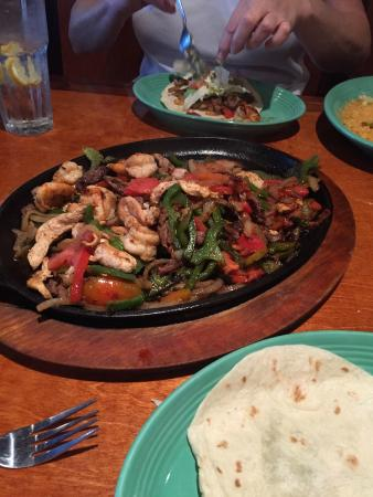 Don Pepper's Mexican Grill and Cantina : Fajitas Mexico ( for two)