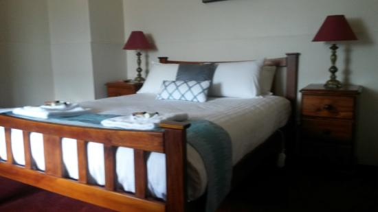 Empire Hotel: double room